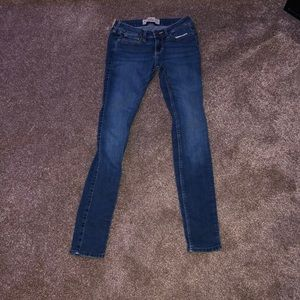 Hollister Super Skinny Jeans- Dark Wash